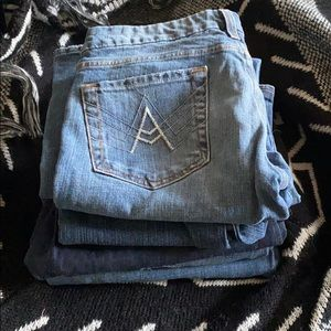 Resellers not so Mystery box of jeans (5 pairs)